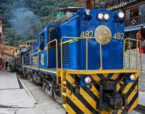 Train to Machu Picchu from Ollantaytambo station