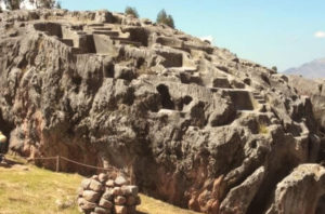 Qenqo is one of the destinations of the Cusco City Tour