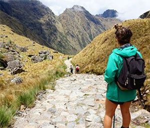 Hikers trave to Peru and ger amazing adventures in the Inca Trail